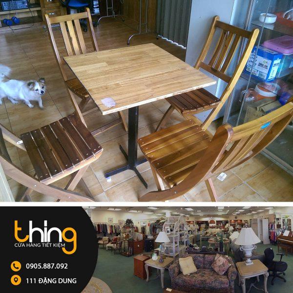 bàn ghế cafe xếp