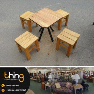bàn ghế đẩu cafe