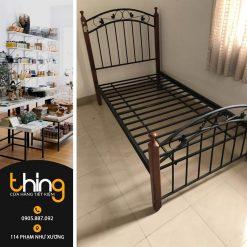 giường sắt thanh lý
